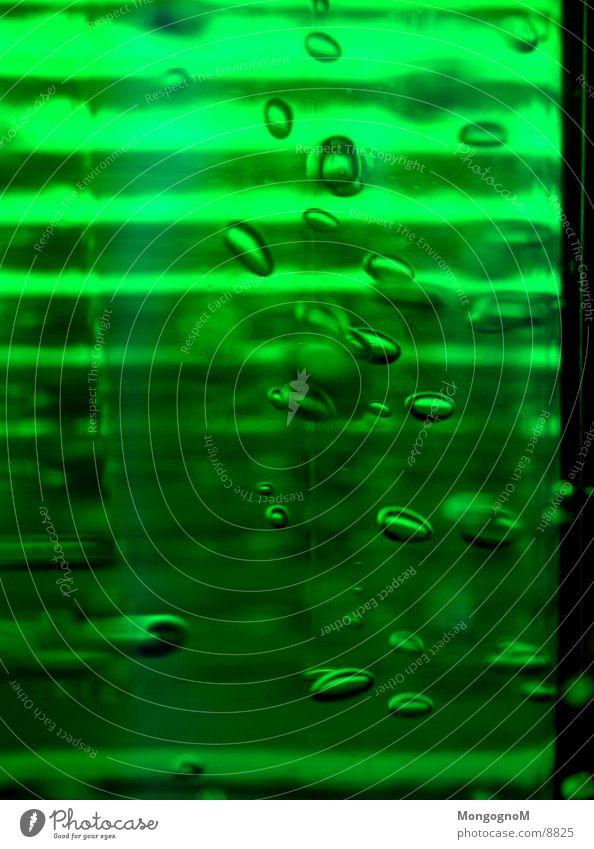 Meine Blubbels, alles meine... Luftblase grün Mineralwasser Alkohol Wasser blasen