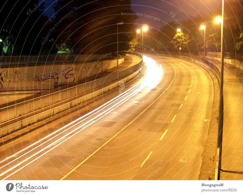 Kurve Nacht Geschwindigkeit Licht Leuchtspur Langzeitbelichtung Straße