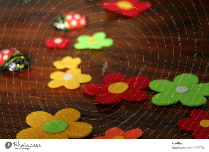 Frühlingstisch Blume Holz Tisch Dekoration & Verzierung Möbel Marienkäfer Käfer