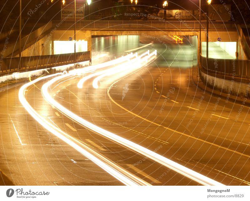 Autotunnel 3 Tunnel Nacht Geschwindigkeit Licht Fahrbahn Langzeitbelichtung Brücke Straße
