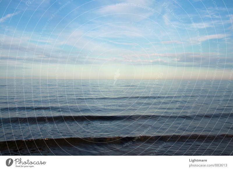 Meereslinien Schwimmen & Baden Natur Wasser Himmel Horizont Schönes Wetter Erholung genießen ästhetisch Unendlichkeit maritim nass blau Gefühle Romantik
