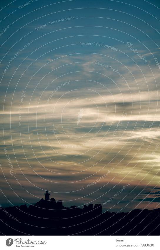 Festung Wolken Sonnenaufgang Sonnenuntergang Klima Schönes Wetter Stadt Turm Leuchtturm blau Muster Abenddämmerung Himmel Farbfoto Gedeckte Farben Außenaufnahme