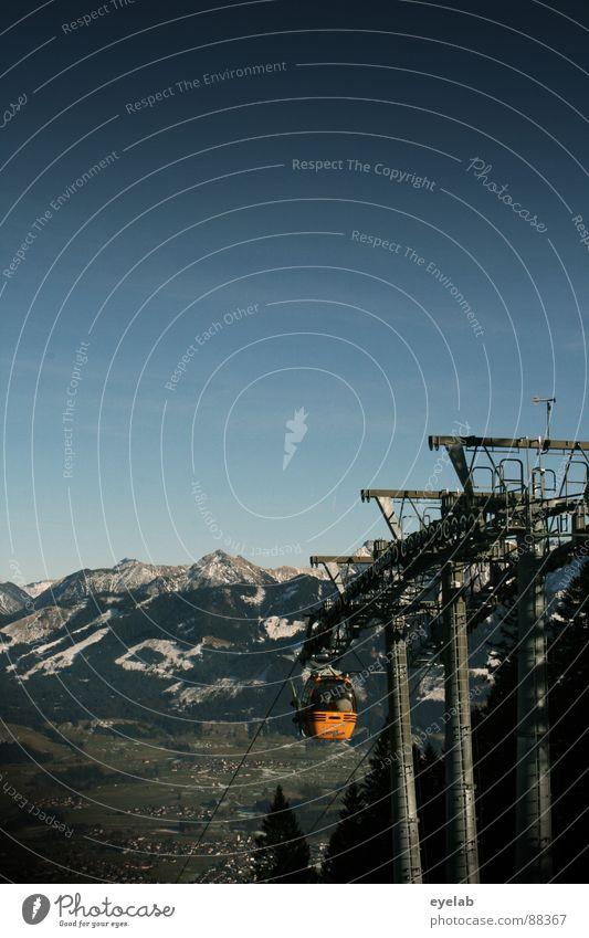 Nordische Kombination Himmel Baum Freude Wald Ferne kalt Schnee Berge u. Gebirge hoch groß Seil Technik & Technologie Schönes Wetter Aussicht Gipfel Tanne