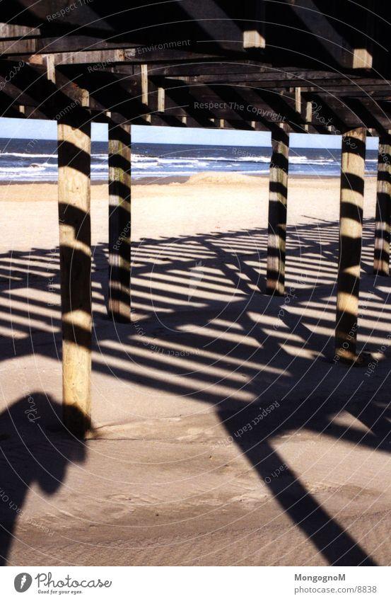 Strand Steg Licht Wasser Schatten