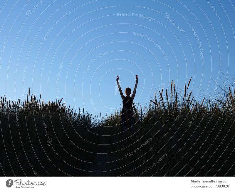 Hiiier bin ich!!! Mensch Himmel Natur Sommer Einsamkeit ruhig Freude Umwelt Bewegung Wiese Sport Freiheit Zufriedenheit Fröhlichkeit Ausflug Schönes Wetter