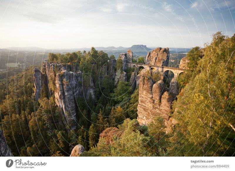 BASTEI Natur Ferien & Urlaub & Reisen Erholung Wald Berge u. Gebirge Reisefotografie Architektur Felsen Deutschland Idylle Tourismus Aussicht Brücke Postkarte