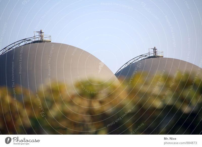 zwei-deutig | UT Köln Umwelt Wolkenloser Himmel Industrieanlage Fabrik rund Frauenbrust Brustwarze feminin Strukturen & Formen Energiewirtschaft