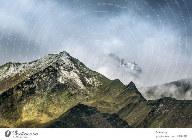 Versteckspiel Ferien & Urlaub & Reisen Tourismus Ausflug Abenteuer Ferne Freiheit Berge u. Gebirge wandern Natur Landschaft Himmel Wolken Sommer Wetter Felsen