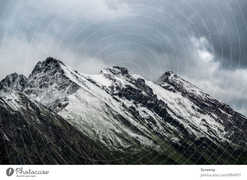 Cooler Dreier... Himmel Natur Ferien & Urlaub & Reisen Landschaft ruhig Wolken Ferne Berge u. Gebirge Felsen Kraft Idylle Tourismus groß wandern hoch Ausflug