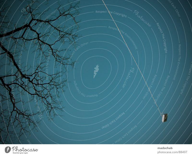 GENTLE LULLABY | VERLANGEN Himmel Natur Einsamkeit Wand Holz Freiheit Mauer Traurigkeit Lampe offen Zufriedenheit trist Suche Stoff Trauer einfach