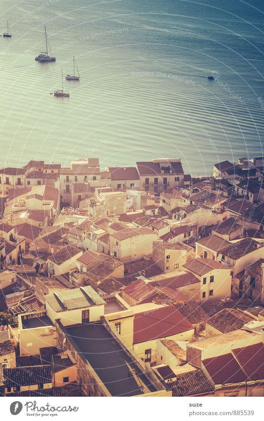 Der Tag lächelt Ferien & Urlaub & Reisen Stadt Meer Architektur Küste Stil Gebäude Idylle Tourismus Insel fantastisch Dach Kultur Italien Romantik historisch