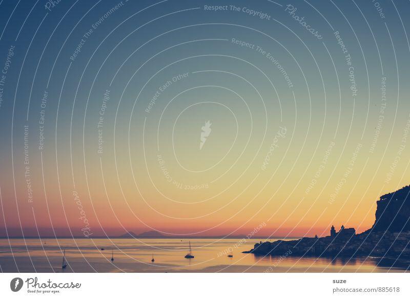 Der Titel ist schon hinterm Berg ... Himmel Natur Ferien & Urlaub & Reisen Meer ruhig Strand Umwelt Reisefotografie Küste Stimmung Idylle Zufriedenheit