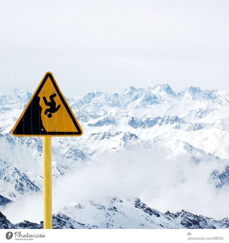 waaaaaaaaaah ... Wolken Berge u. Gebirge Schilder & Markierungen Alpen Schneebedeckte Gipfel Skifahren Frankreich Warnhinweis Skigebiet abwärts steil schlechtes Wetter Wintersport Warnschild Snowboarding Warnfarbe