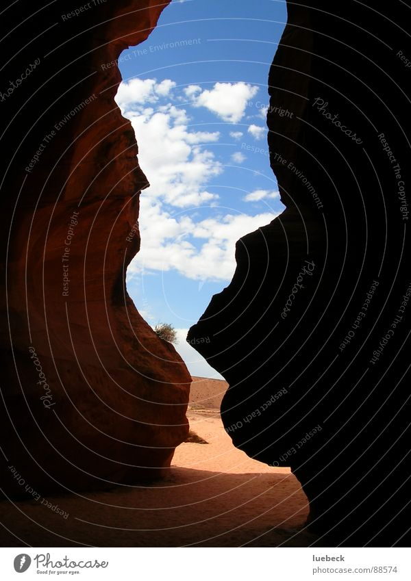 Antelope Canyon II, Arizona, USA Schlucht Amerika Wolken dunkel Licht Wüste Felsen Himmel