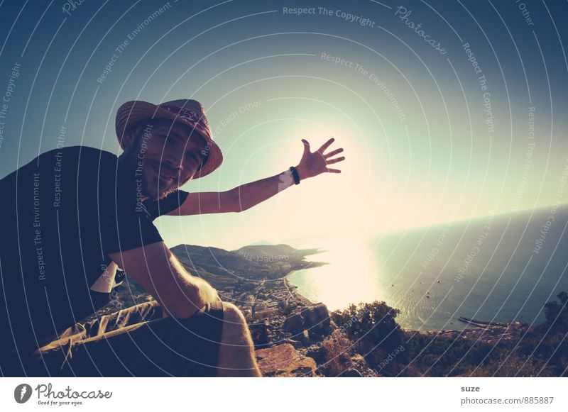 Jetzt kannste guggn ... Mensch Himmel Natur Ferien & Urlaub & Reisen Jugendliche Mann Meer Hand Landschaft Freude Junger Mann Erwachsene Berge u. Gebirge