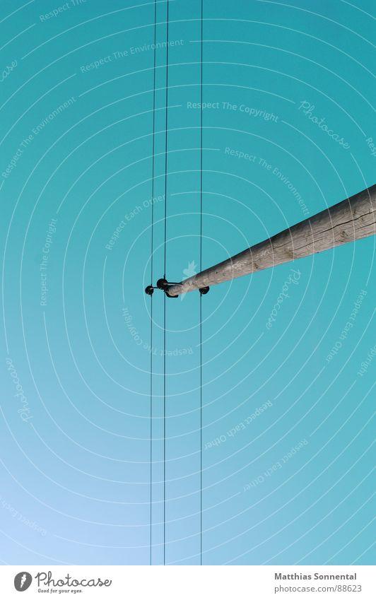 neue Weiten Himmel Ferne Freiheit Kraft Kraft Industrie Energiewirtschaft Elektrizität Unendlichkeit Konzentration türkis Schönes Wetter Strommast Haftstrafe