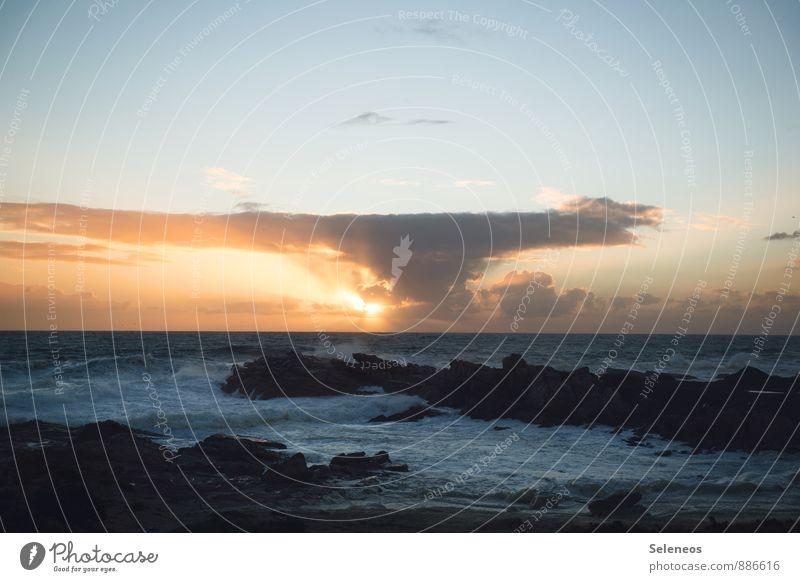 . Ferien & Urlaub & Reisen Ausflug Ferne Freiheit Strand Meer Wellen Umwelt Natur Wasser Wolken Horizont Küste Fernweh Farbfoto Außenaufnahme Menschenleer Abend