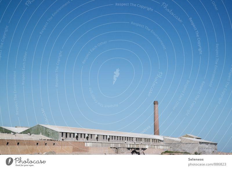 Fabrikgelände Himmel Wand Mauer Fassade groß Industrie Landwirtschaft Wolkenloser Himmel Wirtschaft Handel Schornstein Forstwirtschaft Industrieanlage Südafrika