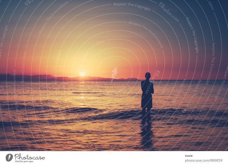 Wohlfühloase | auf Augenhöhe Mensch Himmel Natur Ferien & Urlaub & Reisen Jugendliche Mann Meer Einsamkeit Junger Mann Umwelt Erwachsene Reisefotografie Küste