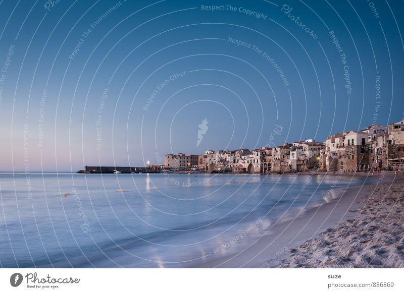 Altstadt Cefalú Himmel Ferien & Urlaub & Reisen blau alt Stadt Meer Strand Architektur Küste Gebäude Stil Fassade Idylle Tourismus fantastisch Romantik