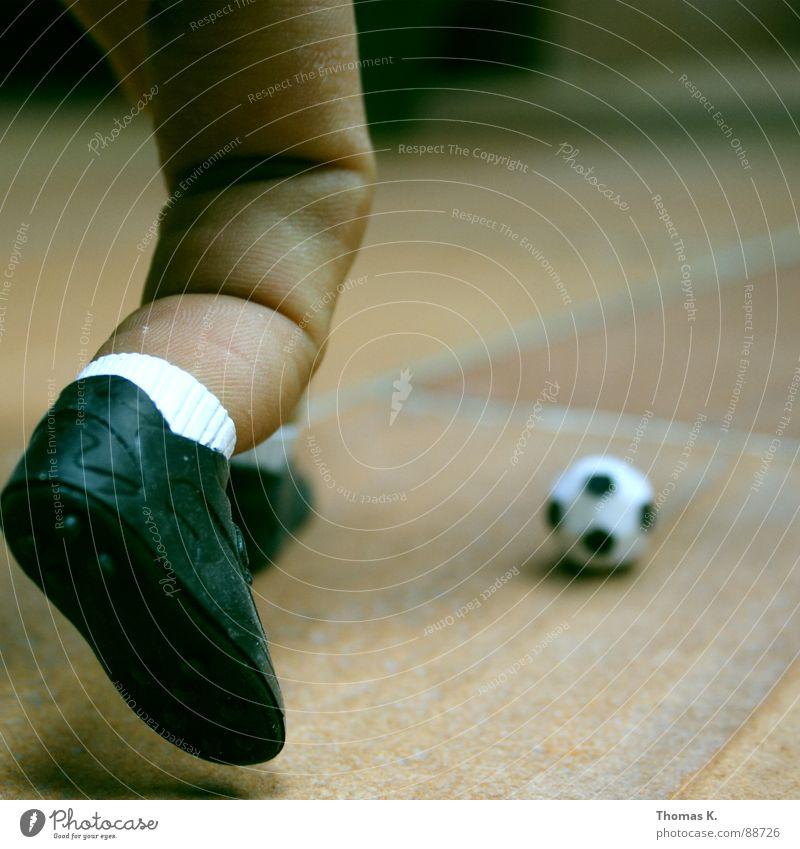 Fingerball Fuß Schuhe Beine Fußball Ball Tor Turnschuh Ballsport