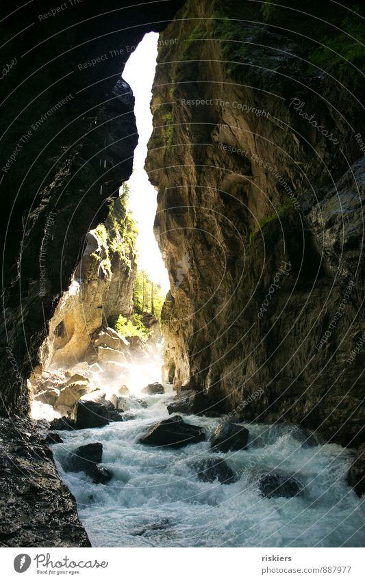 berauschend Natur Wasser Sommer Sonne Landschaft dunkel kalt Umwelt Berge u. Gebirge Beleuchtung Wege & Pfade natürlich Felsen wild Idylle frisch
