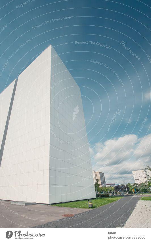 Speicher Himmel Stadt blau weiß Architektur Gebäude Fassade Arbeit & Erwerbstätigkeit Design Büro modern Hochhaus ästhetisch hoch Zukunft lernen