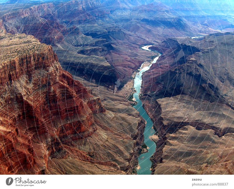 eine Reise in die Vergangenheit der Erde Natur Landschaft Umwelt Felsen USA Fluss Luftaufnahme Amerika Utah Schlucht Nationalpark Naturschutzgebiet Arizona