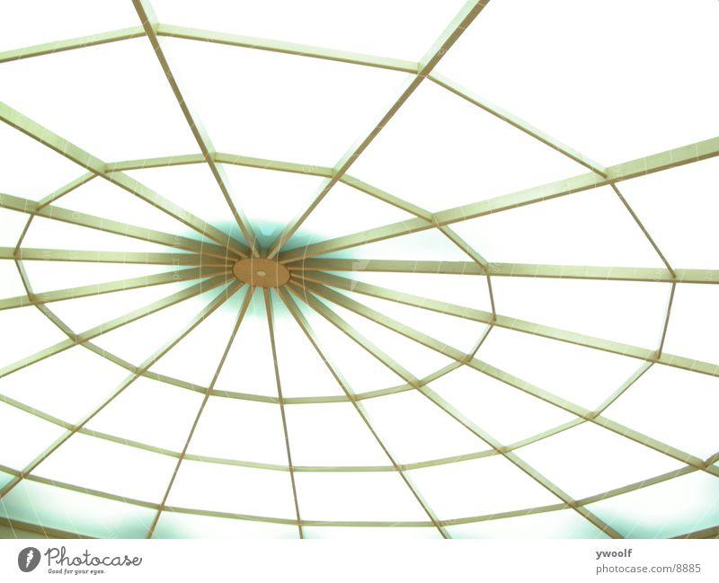 Armkreuz-Netz-Licht Architektur