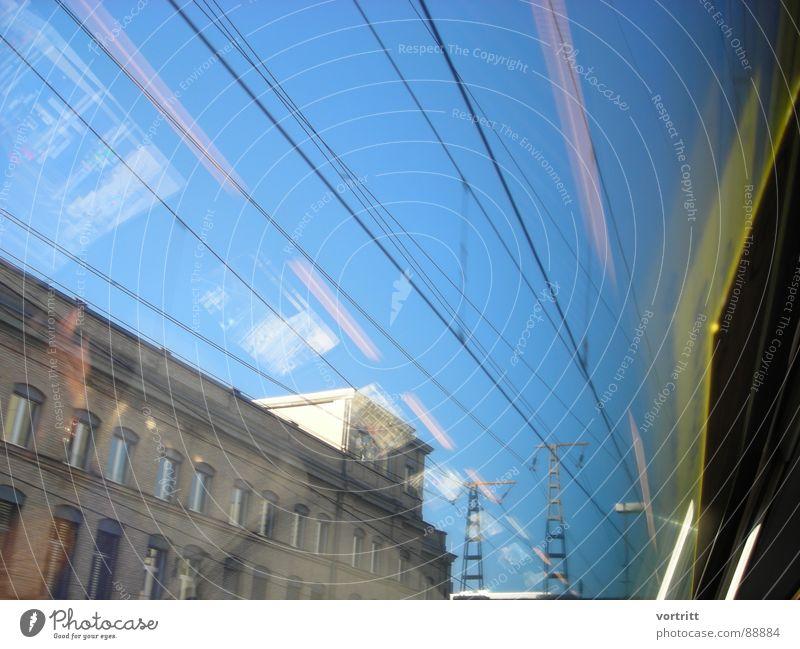 luftzug III Luft Eisenbahn Reflexion & Spiegelung Fenster Geschwindigkeit Haus Stadt Elektrizität Industrie Brücke Strommast Himmel