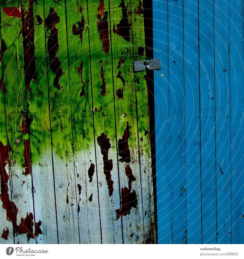 abzäunen Zaun Sicherheit Baustelle Demontage Holzmehl Holzwand Handwerk Vergänglichkeit fence enclosure einfriedigung safety building site