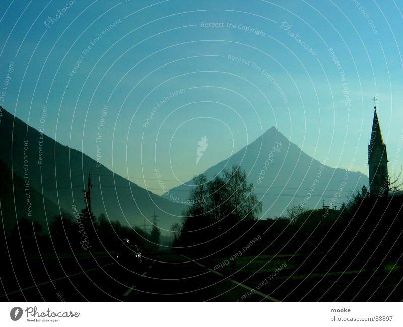 Austria Ridin' Österreich Kirchturm Nebel Berge u. Gebirge Landschaft Himmel blau Straße