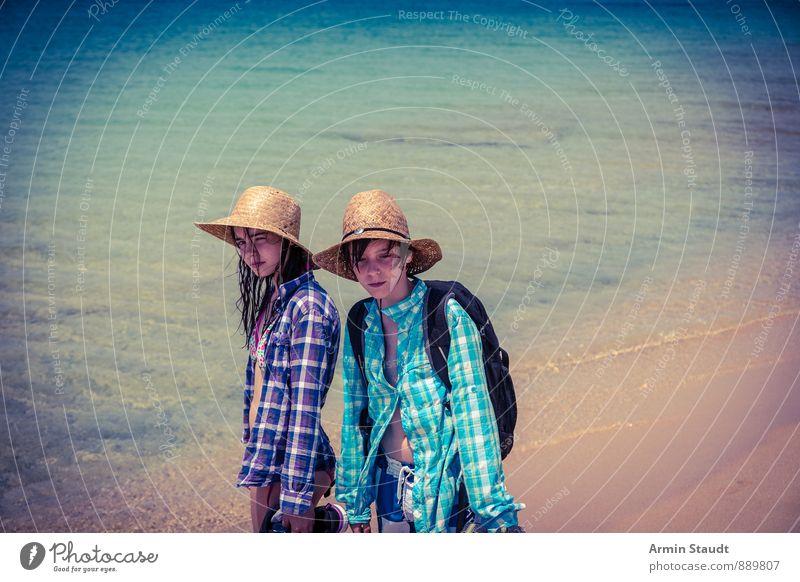 Meer, Strohüte, Wanderer Lifestyle Ferien & Urlaub & Reisen Tourismus Sommer Sommerurlaub Strand Kind Mensch maskulin feminin Geschwister Jugendliche 2