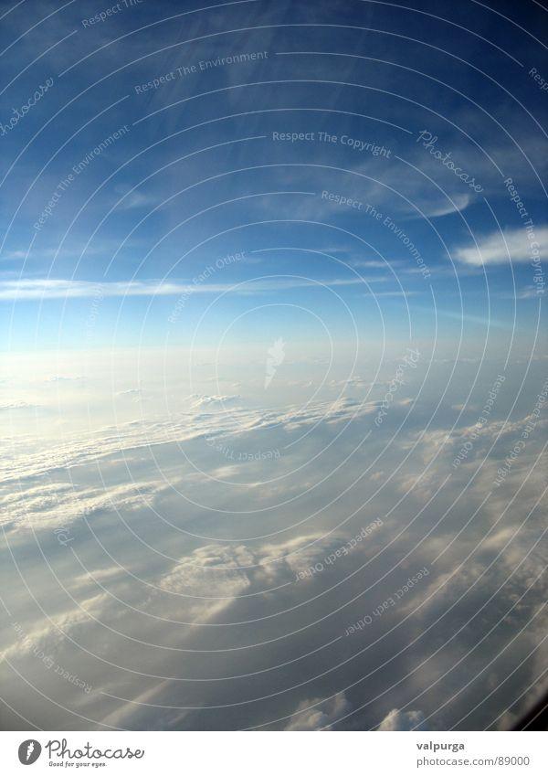 himmlische weite Himmel blau Wolken Ferne Freiheit fliegen Horizont