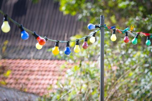 bunte Birnen Baum Freude Herbst Feste & Feiern Stimmung Zusammensein Freizeit & Hobby ästhetisch Fröhlichkeit Lebensfreude Dach Freundlichkeit positiv Nostalgie