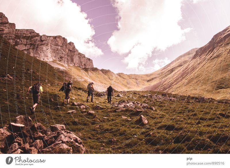 high king 1 Mensch Natur Sommer Wolken Berge u. Gebirge Sport Menschengruppe Felsen Freizeit & Hobby wandern hoch Schönes Wetter Fitness Gipfel Alpen Klettern