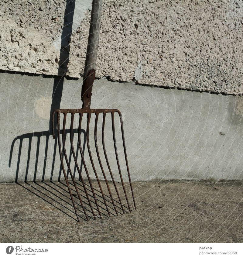 Veteran alt Linie Hintergrundbild gefährlich verrückt kaputt Streifen Spitze Vergänglichkeit Sauberkeit Reinigen Bauernhof Stengel Rost Werkzeug Neigung