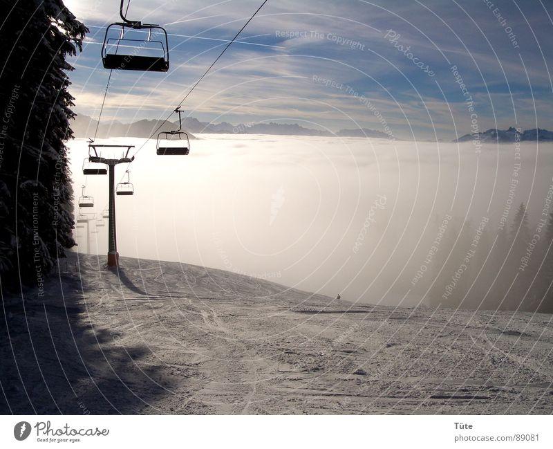 Nebelband weiß Winter Schnee Fahrstuhl Himmel Morgen