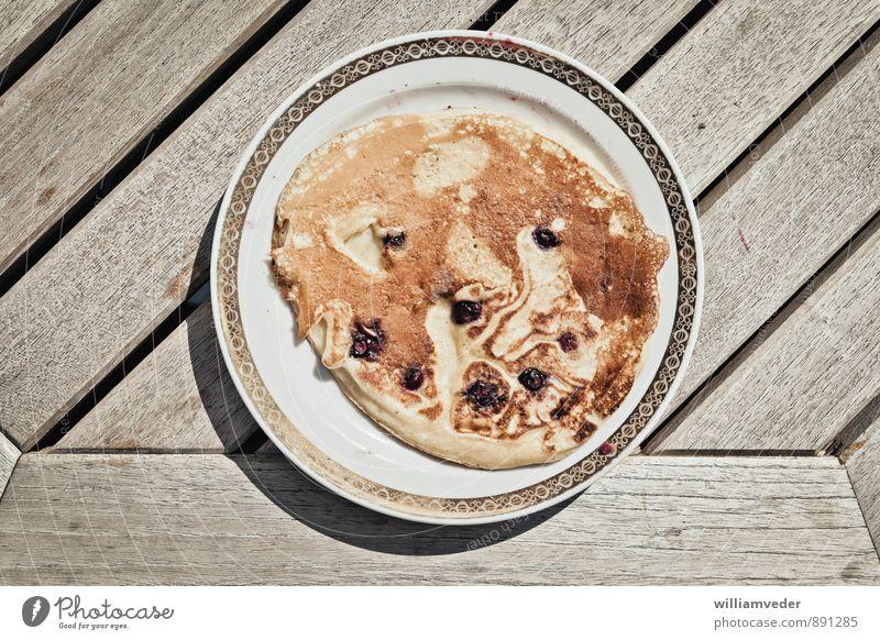 Eierpfannkuchen mit Heidelbeeren Erholung gelb Essen braun Lebensmittel Zufriedenheit gold süß Kochen & Garen & Backen Süßwaren lecker Wohlgefühl Duft Geschirr