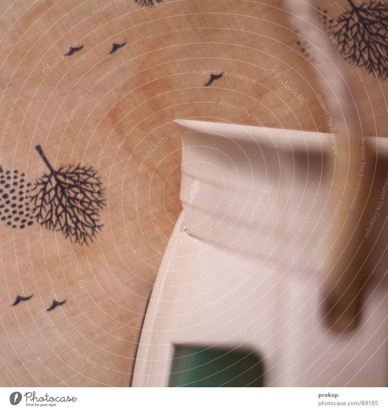 Dampfmaschine - I bügeln Bügeleisen Elektrisches Gerät Haushälterin Haushalt Arbeit & Erwerbstätigkeit dämpfen Bügelbrett Vogel Baum Elektrizität Physik heiß