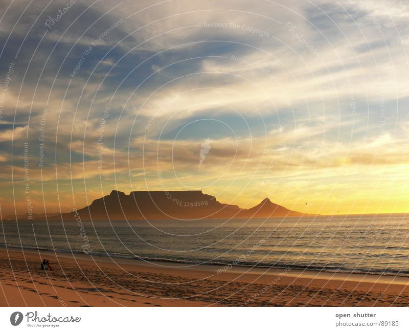 Table Mountain, Cape Town, South Africa Sonnenuntergang Strand Sommer Himmel Meer Afrika Küste Kapstadt Clouds Sea Romance ocean sky mountain africa landmark
