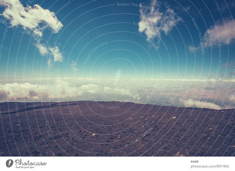 Wolkengrenze Ferien & Urlaub & Reisen Tourismus Abenteuer Expedition Berge u. Gebirge wandern Natur Himmel Horizont Gipfel Vulkan authentisch außergewöhnlich