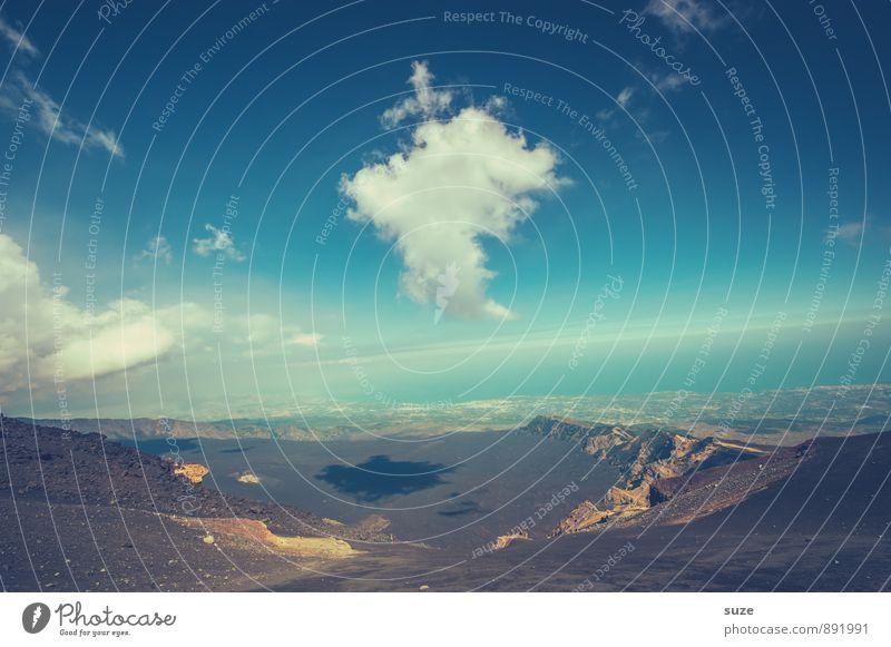 In der Schwebe Himmel Natur Ferien & Urlaub & Reisen Landschaft Wolken Umwelt Berge u. Gebirge Reisefotografie Horizont wild dreckig Tourismus wandern Klima Aussicht Ausflug