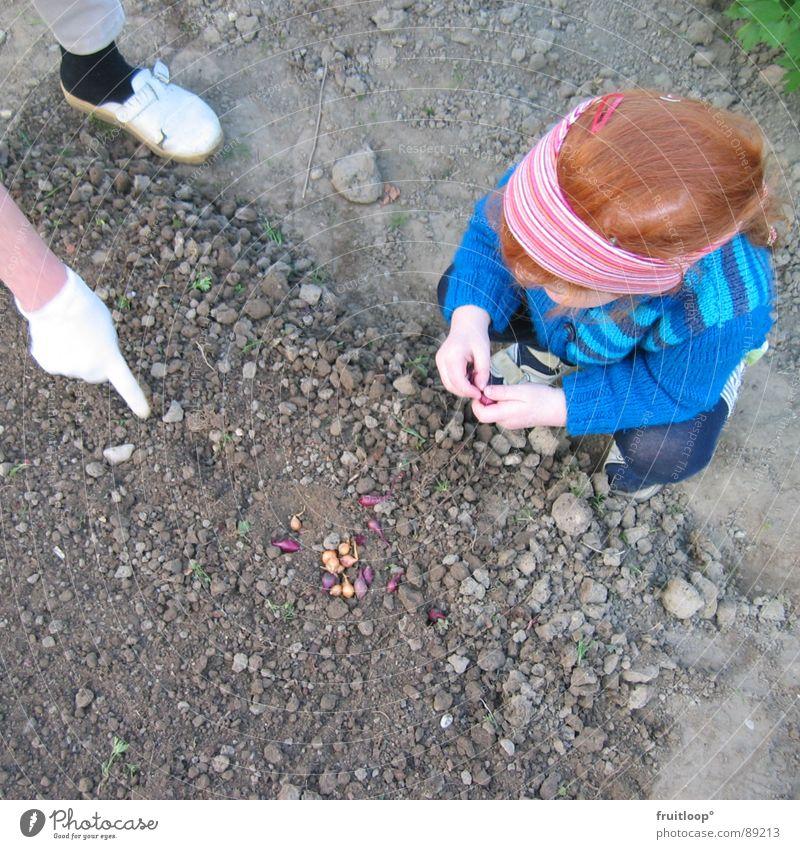 pflanz mich doch! Pflanze Mädchen Blume Garten Erde Handschuhe Zeigefinger