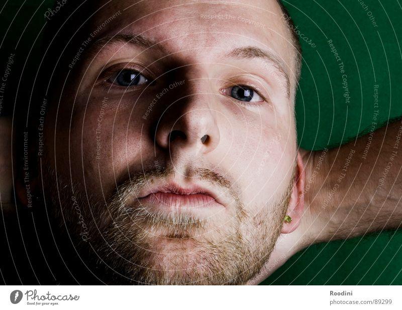sowieso Mann Gesicht Auge Erholung Gefühle Mund warten Haut Nase Perspektive Pause nah Vertrauen Bart Langeweile Gesichtsausdruck