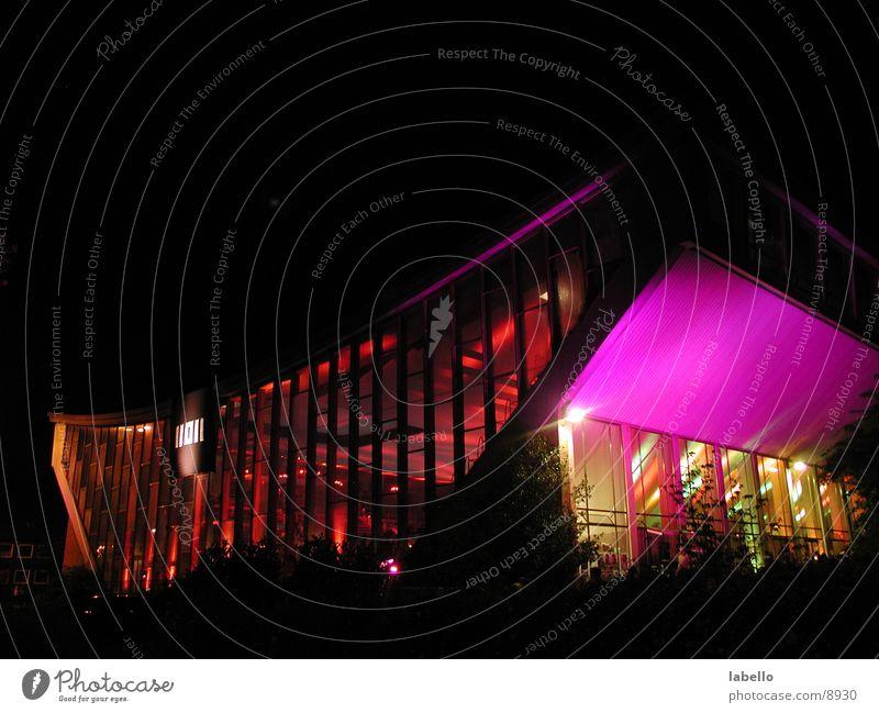 Schwimmoper Fünfziger Jahre Sechziger Jahre Schwimmbad Wuppertal Nacht Licht erleuchten Party Club Veranstaltung Architektur Schimmoper Tanzen