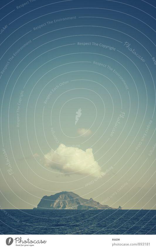 iCloud Himmel Ferien & Urlaub & Reisen blau Wasser Meer Einsamkeit Landschaft Wolken Umwelt Berge u. Gebirge Küste Freiheit außergewöhnlich Felsen Lifestyle