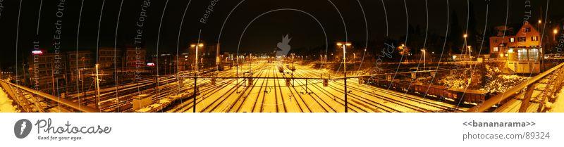 Strategos Panonarama Panorama (Aussicht) Weitwinkel Winterthur Nacht dunkel Belichtung Eisenbahn Einfahrt Bahnhof Industriefotografie Yard Train Trainbahnhof