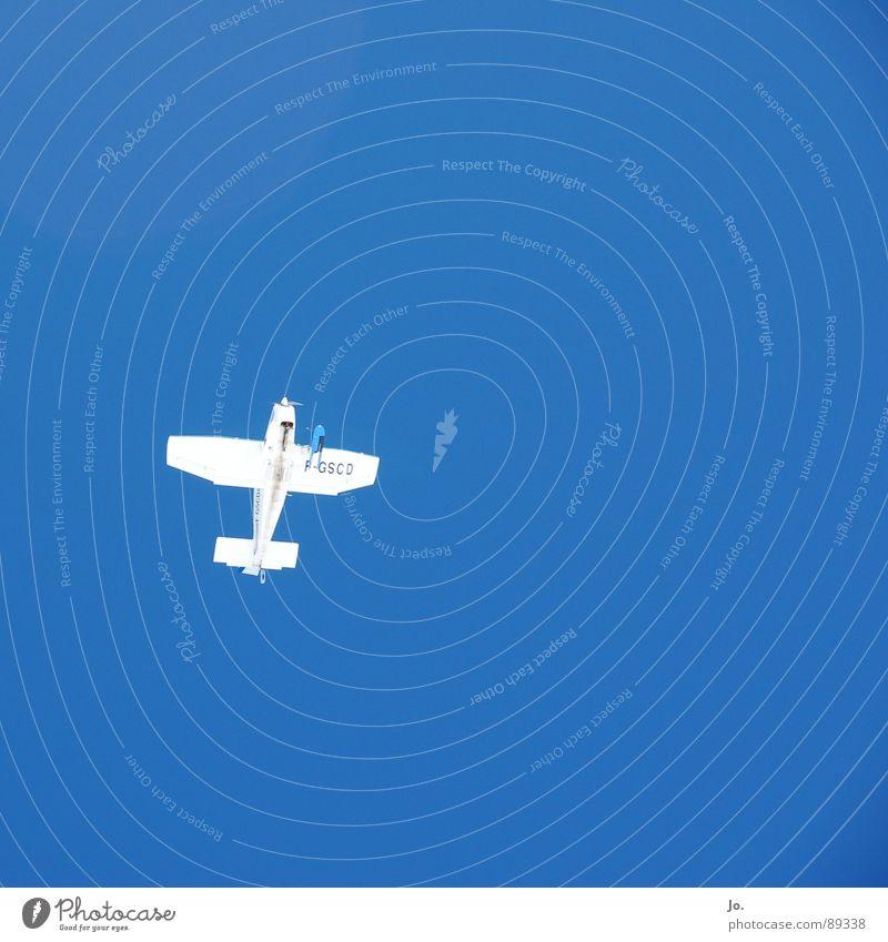 ist es ein Vogel? ist es ein Flugzeug? ... Himmel weiß blau Berge u. Gebirge fliegen Beginn Alpen Ladengeschäft Pilot Passagier Kufe Val Thorens