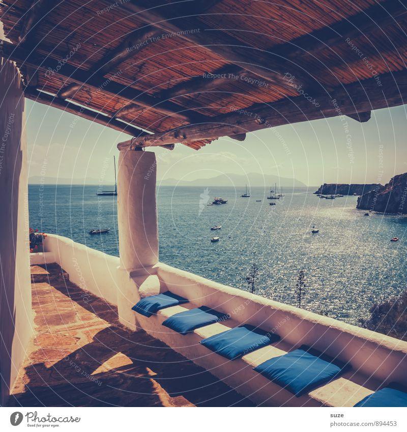 Alles hat seinen Platz. Natur Ferien & Urlaub & Reisen Erholung Meer ruhig Reisefotografie Architektur Küste Stil Wasserfahrzeug Idylle Design Tourismus Insel fantastisch Kultur